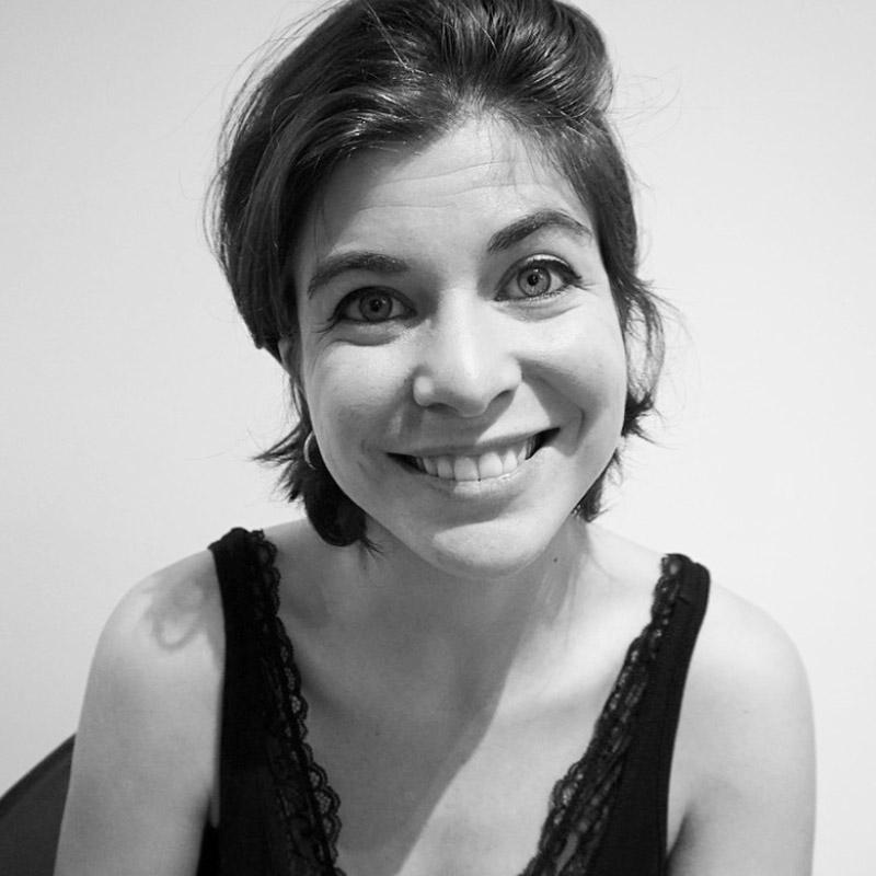 profesora Raquel Miralles